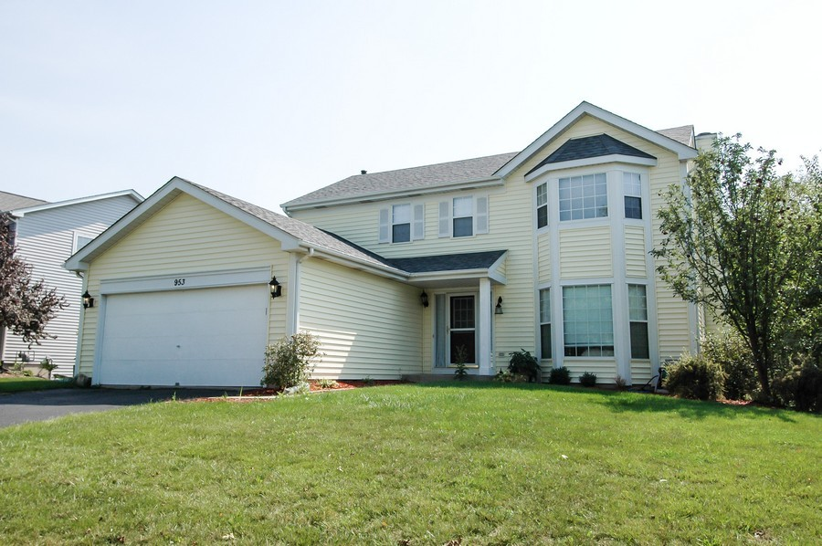 Real Estate Photography - 953 Village, Crystal Lake, IL, 60014 - Front View