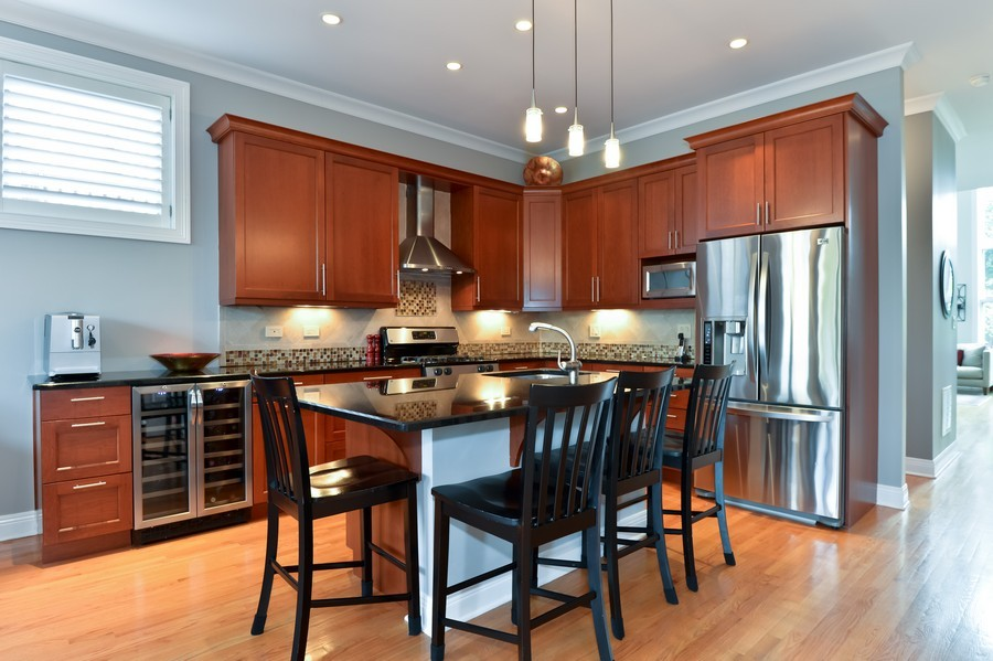 Real Estate Photography - 2512 North Racine Ave, D, CHICAGO, IL, 60614 - Kitchen