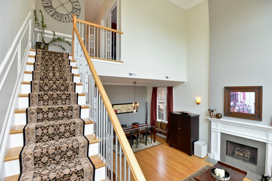 Real Estate Photography - 2512 North Racine Ave, D, CHICAGO, IL, 60614 - Staircase