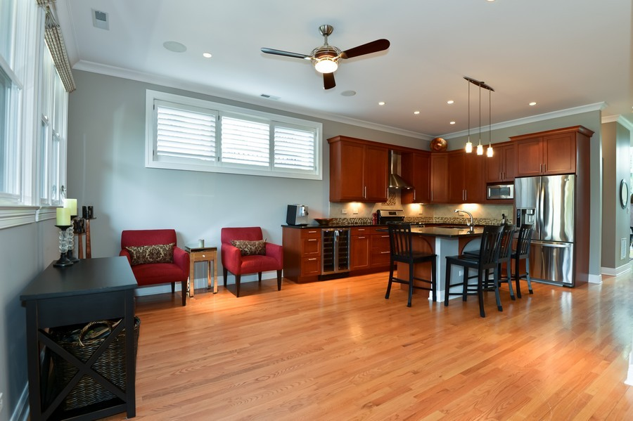 Real Estate Photography - 2512 North Racine Ave, D, CHICAGO, IL, 60614 - Kitchen / Living Room