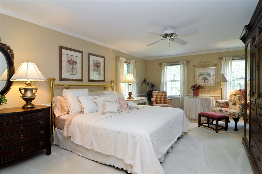 Real Estate Photography - 1215 Meadow Way, BARRINGTON, IL, 60010 - Master Bedroom