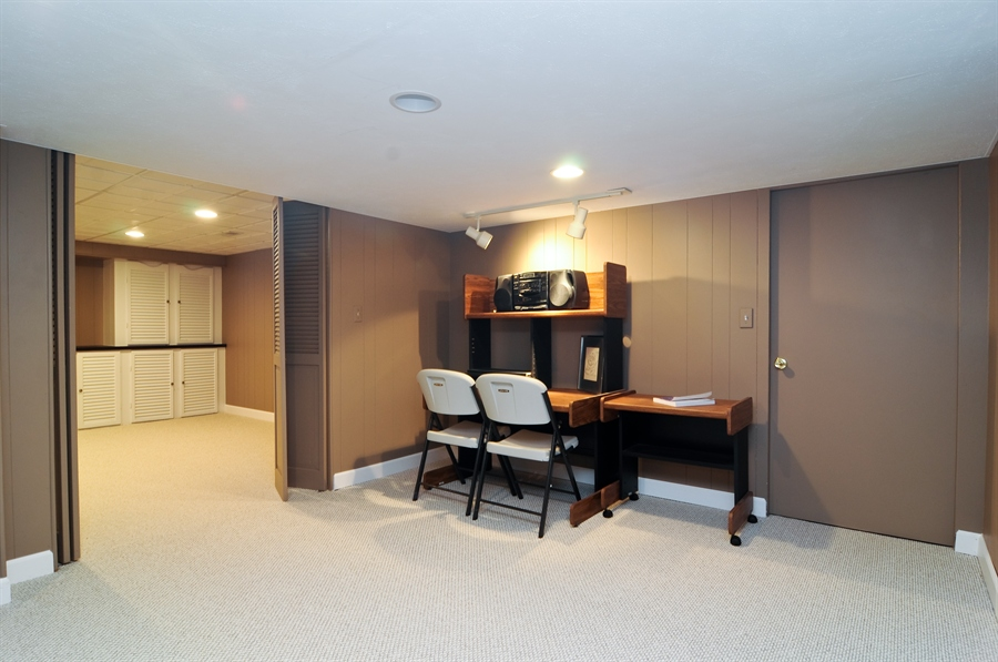Real Estate Photography - 1215 Meadow Way, BARRINGTON, IL, 60010 - Basement