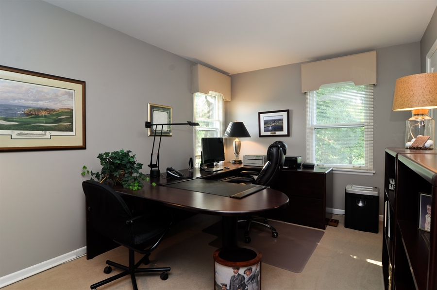 Real Estate Photography - 1215 Meadow Way, BARRINGTON, IL, 60010 - Office