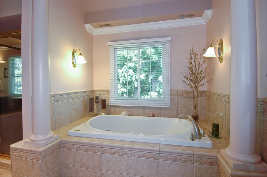 Real Estate Photography - 6105 Raintree, Crystal Lake, IL, 60014 - Master Bathroom