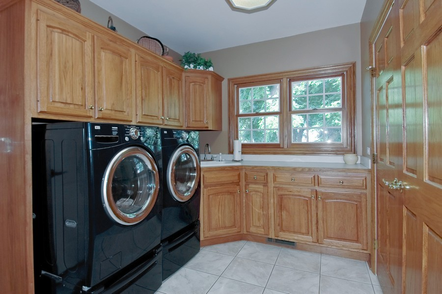 Real Estate Photography - 6105 Raintree, Crystal Lake, IL, 60014 - Laundry Room