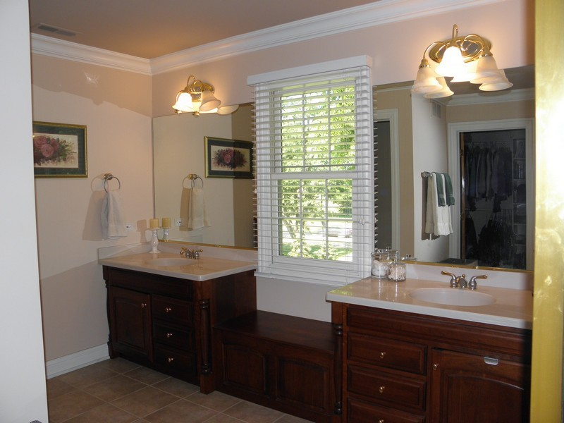 Real Estate Photography - 6105 Raintree, Crystal Lake, IL, 60014 - Bathroom