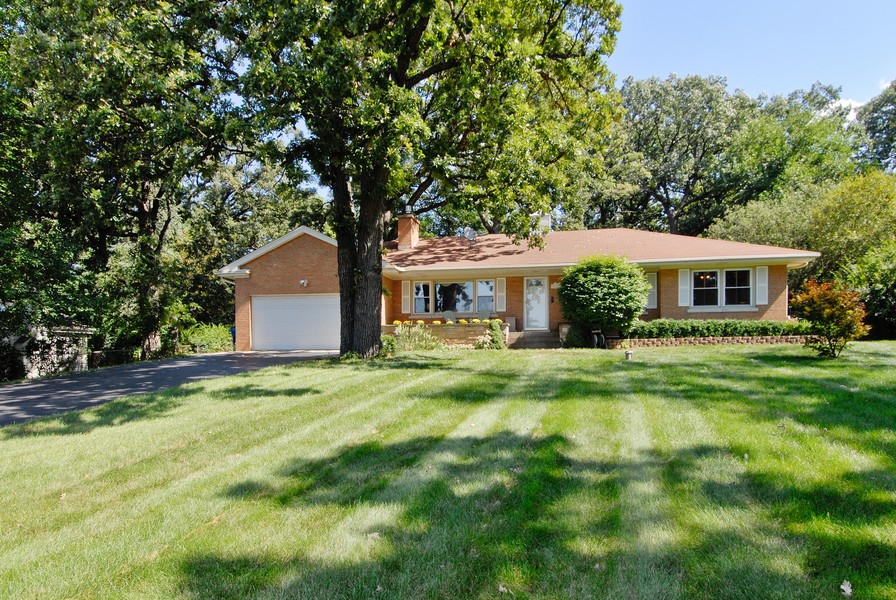 Real Estate Photography - 5149 Riverview DR, LISLE, IL, 60532 - Front View