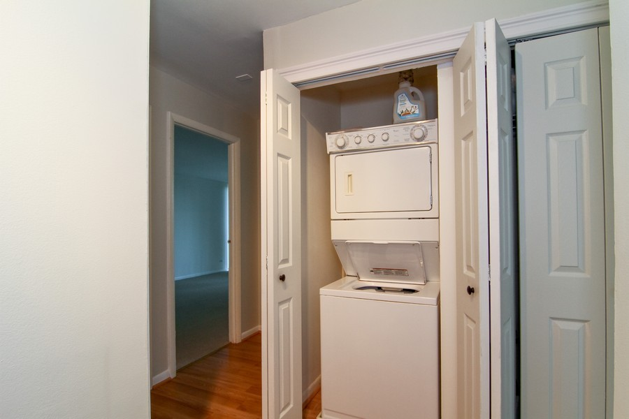Real Estate Photography - 5820 Oakwood DR, 4A, LISLE, IL, 60532 - Laundry Room