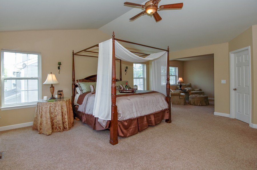 Real Estate Photography - 430 Wentworth Cir, CARY, IL, 60013 - Master Bedroom