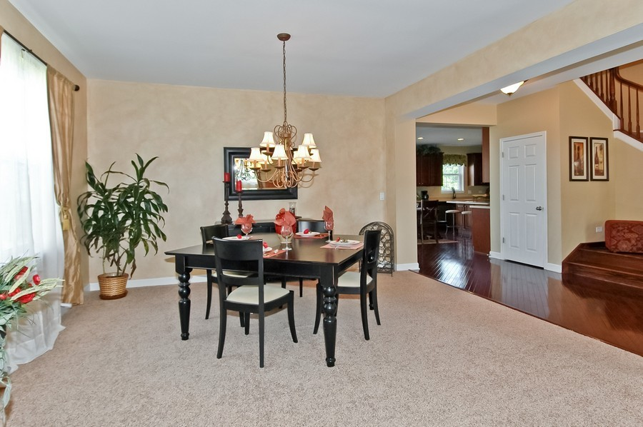 Real Estate Photography - 430 Wentworth Cir, CARY, IL, 60013 - Dining Room