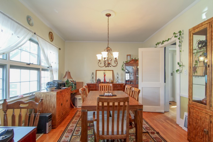Real Estate Photography - 339 Cottage Ave., Glen Ellyn, IL, 60137 - Dining Room