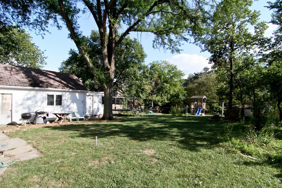 Real Estate Photography - 339 Cottage Ave., Glen Ellyn, IL, 60137 - Back Yard