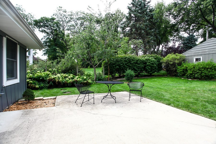 Real Estate Photography - 312 Spring Ave., GLEN ELLYN, IL, 60137 - Patio