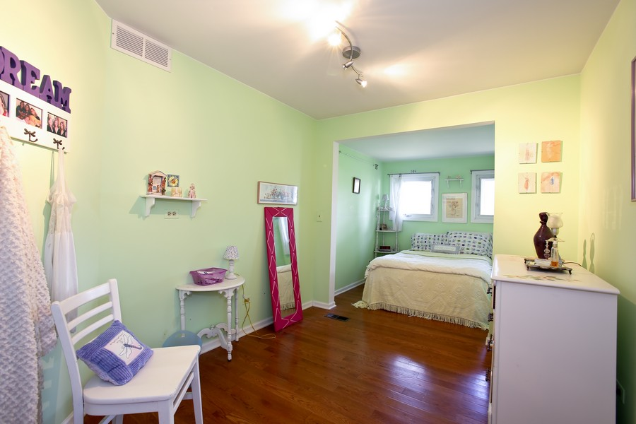 Real Estate Photography - 3230 Drew ST, DOWNERS GROVE, IL, 60515 - Bedroom