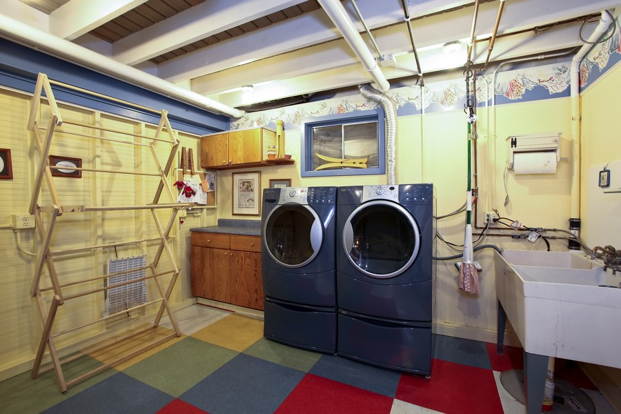 Real Estate Photography - 3230 Drew ST, DOWNERS GROVE, IL, 60515 - Laundry Room