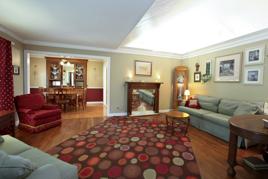 Real Estate Photography - 3230 Drew ST, DOWNERS GROVE, IL, 60515 - Living Room / Dining Room