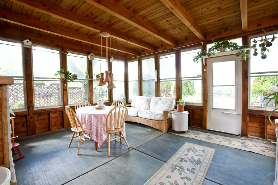 Real Estate Photography - 3230 Drew ST, DOWNERS GROVE, IL, 60515 - Sun Room
