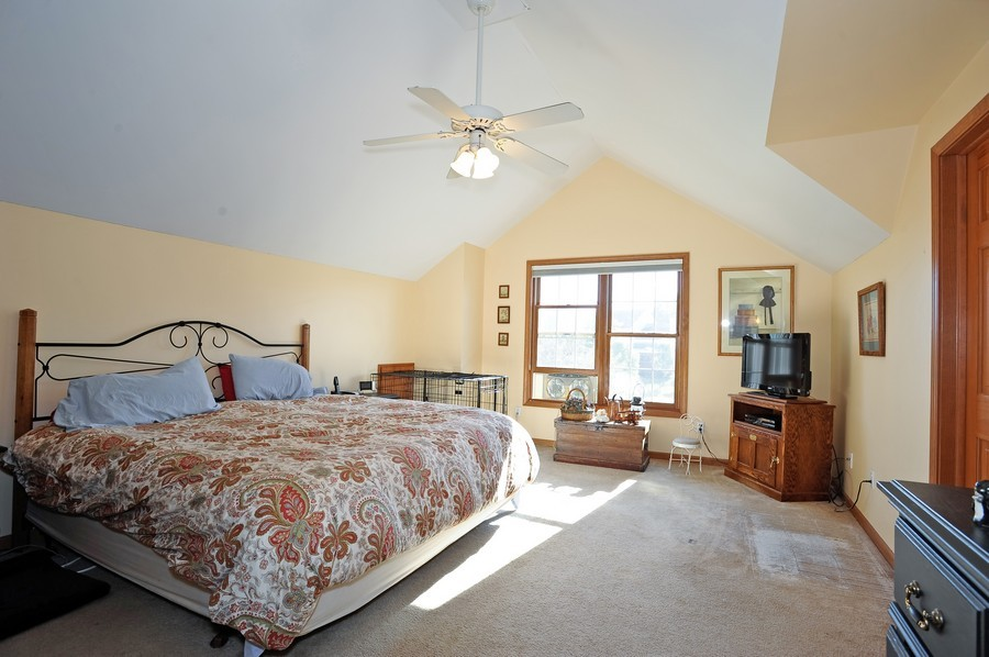Real Estate Photography - 799 Parker Ct, GENEVA, IL, 60134 - Master Bedroom