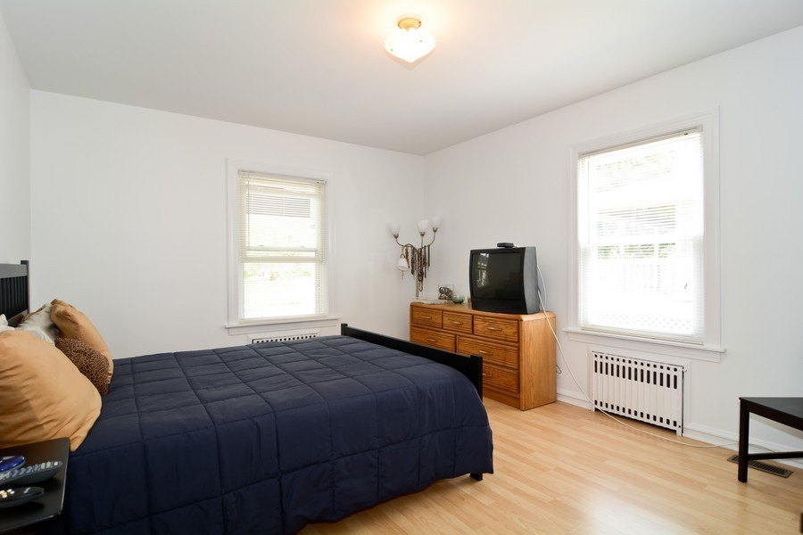Real Estate Photography - 522 Childs St, Wheaton, IL, 60187 - Guest Bedroom