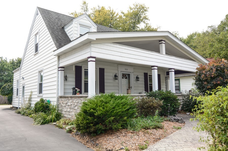 Real Estate Photography - 522 Childs St, Wheaton, IL, 60187 - Front View