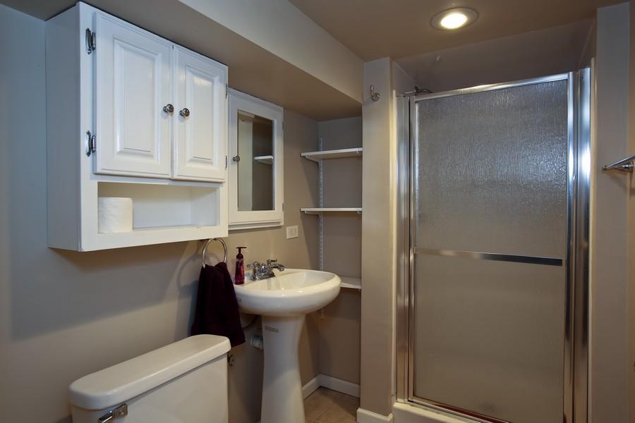 Real Estate Photography - 25 South Summit St, Villa Park, IL, 60181 - Bathroom
