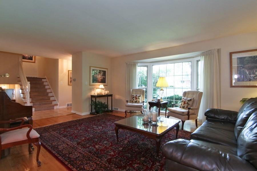 Real Estate Photography - 3 Shagbark Ln, Glen Ellyn, IL, 60137 - Living Room