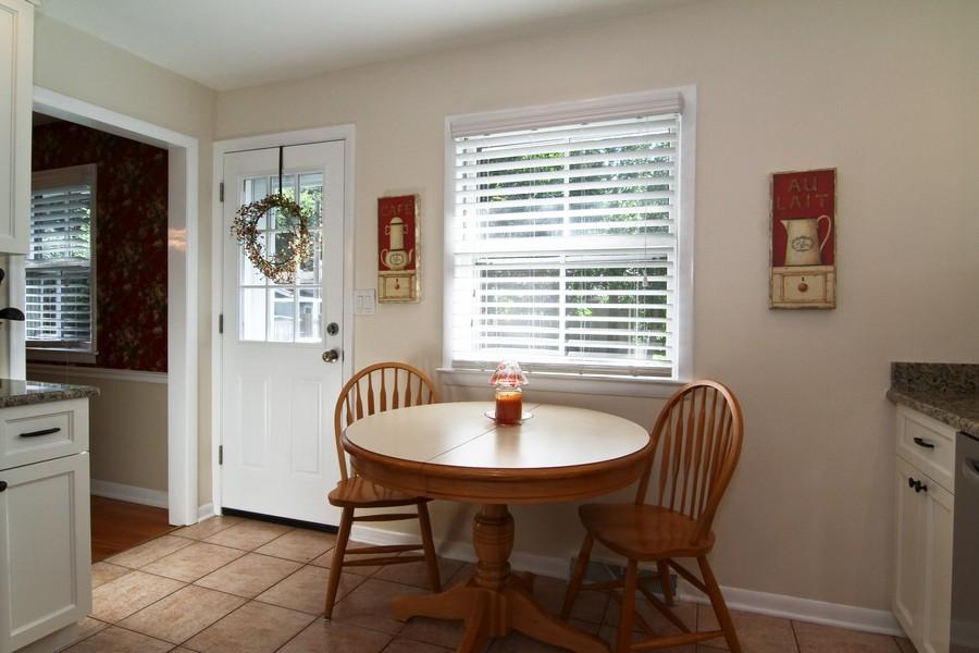 Real Estate Photography - 3 Shagbark Ln, Glen Ellyn, IL, 60137 - Breakfast Area