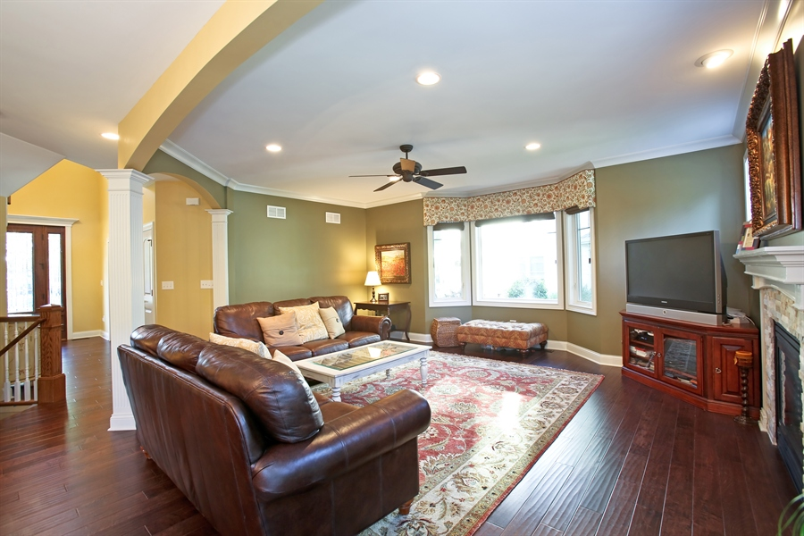 Real Estate Photography - 436 Davis, Downers Grove, IL, 60515 - Family Room