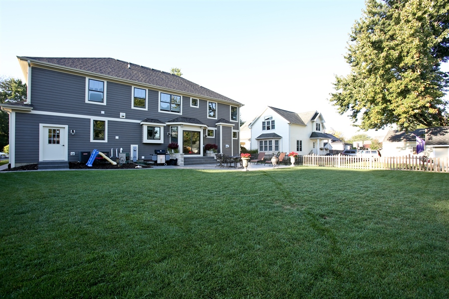 Real Estate Photography - 436 Davis, Downers Grove, IL, 60515 - Back Yard