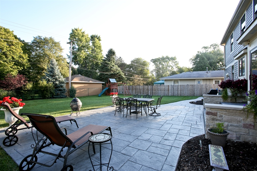 Real Estate Photography - 436 Davis, Downers Grove, IL, 60515 - Patio