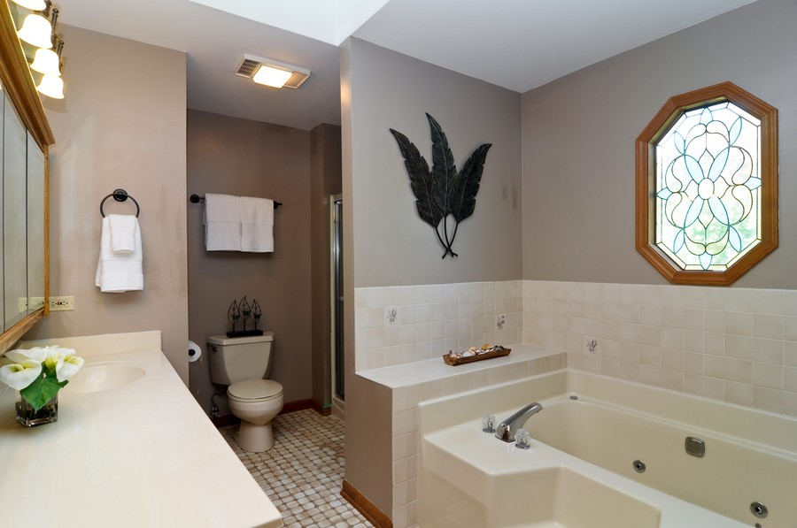 Real Estate Photography - 151 Deer Lane, Barrington, IL, 60010 - Master Bathroom