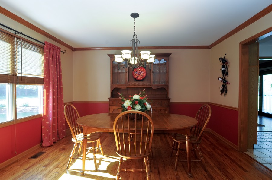 Real Estate Photography - 151 Deer Lane, Barrington, IL, 60010 - Dining Room