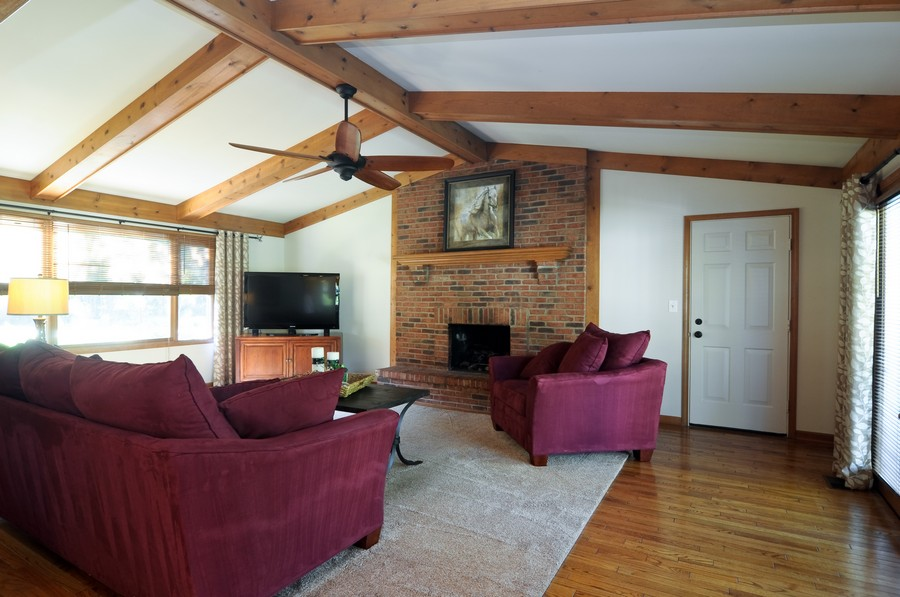 Real Estate Photography - 151 Deer Lane, Barrington, IL, 60010 - Family Room