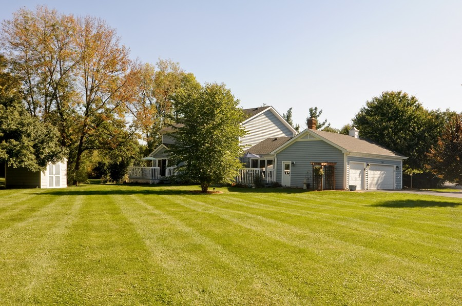 Real Estate Photography - 151 Deer Lane, Barrington, IL, 60010 - Rear View