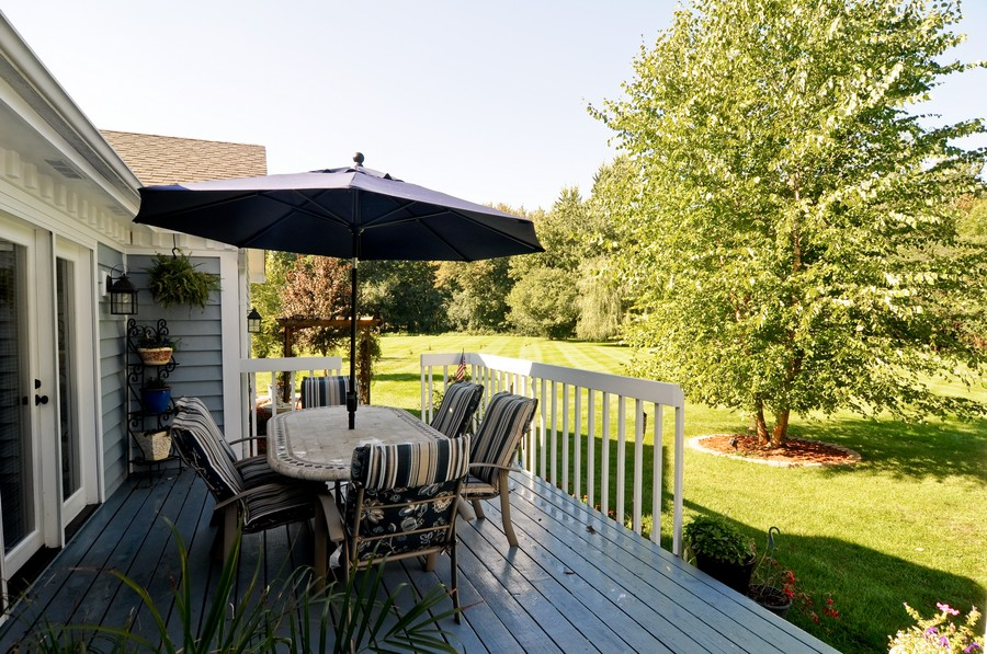 Real Estate Photography - 151 Deer Lane, Barrington, IL, 60010 - Deck