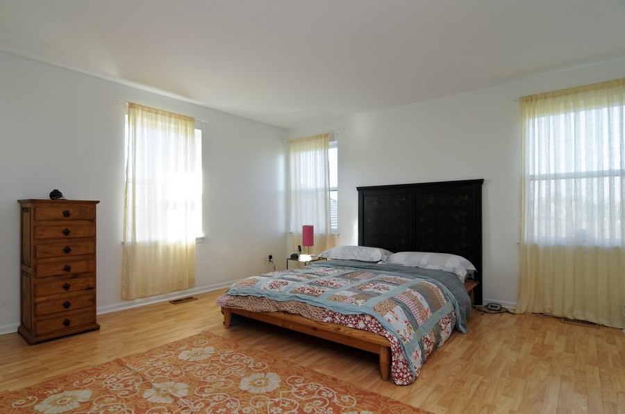 Real Estate Photography - 1403 Sunflower Ct, Grayslake, IL, 60030 - Master Bedroom