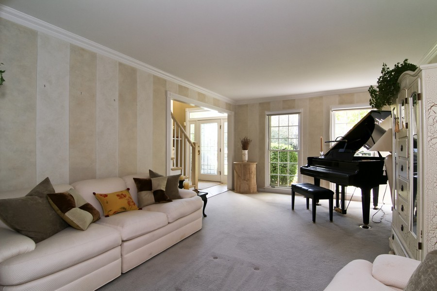 Real Estate Photography - 6521 Greene Rd, Woodridge, IL, 60517 - Living Room