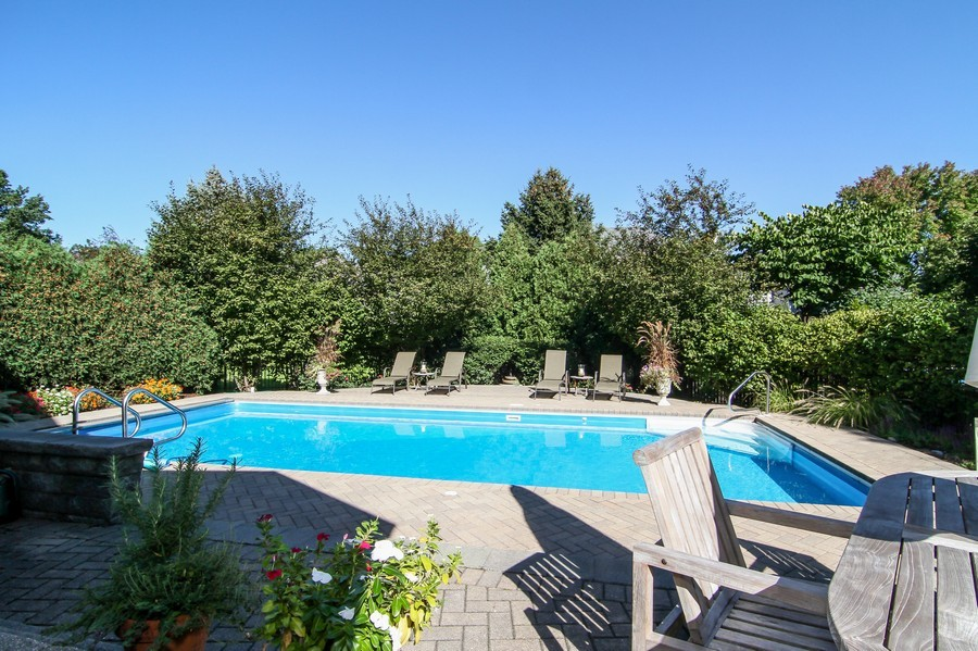 Real Estate Photography - 6521 Greene Rd, Woodridge, IL, 60517 - Pool