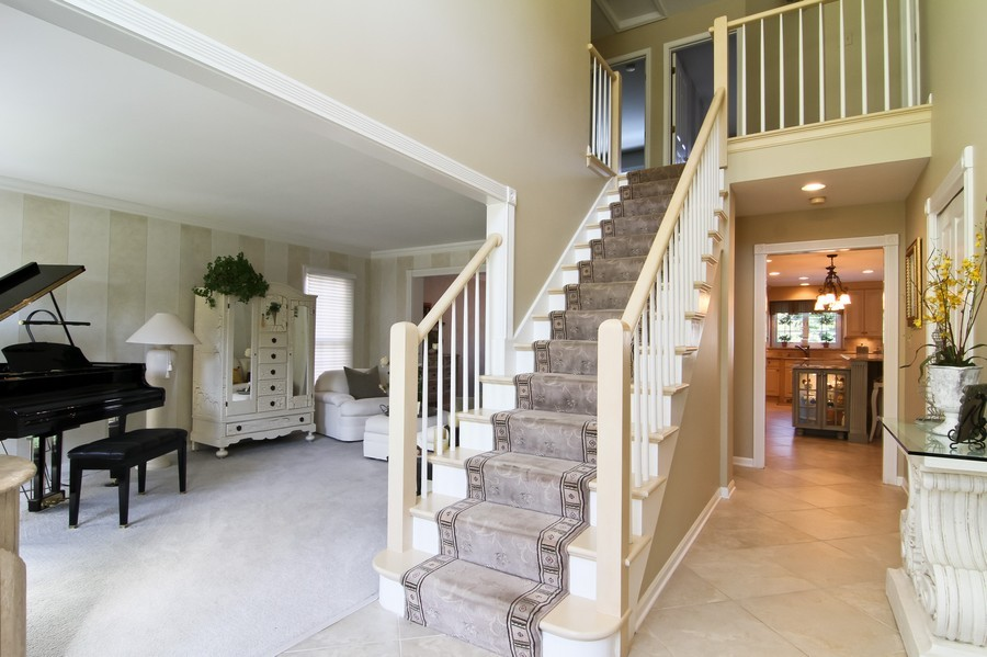 Real Estate Photography - 6521 Greene Rd, Woodridge, IL, 60517 - Foyer
