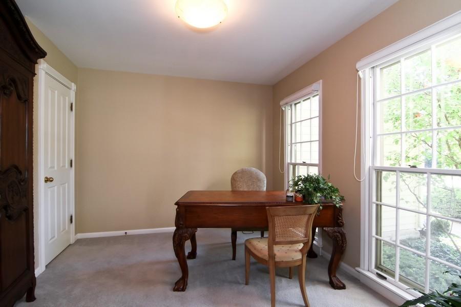 Real Estate Photography - 6521 Greene Rd, Woodridge, IL, 60517 - Den