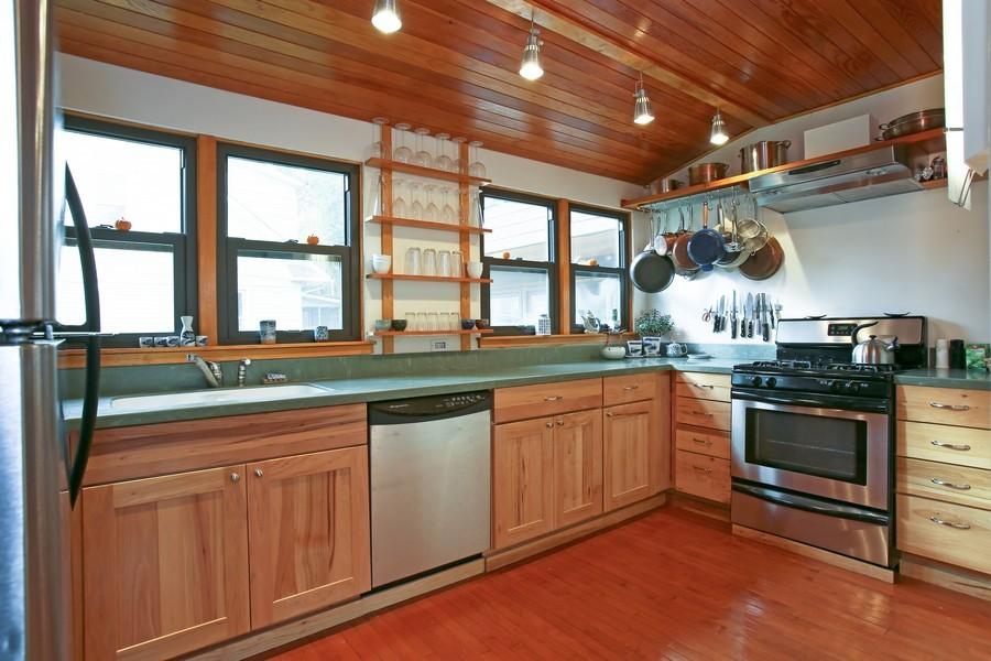 Real Estate Photography - 1205 Grant St, Downers Grove, IL, 60515 - Kitchen