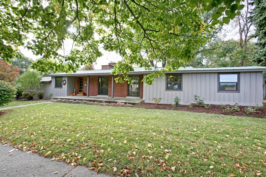 Real Estate Photography - 1205 Grant St, Downers Grove, IL, 60515 - Front View