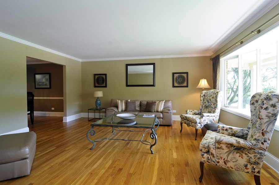 Real Estate Photography - 770 E Hillside Ave, Barrington, IL, 60010 - Living Room