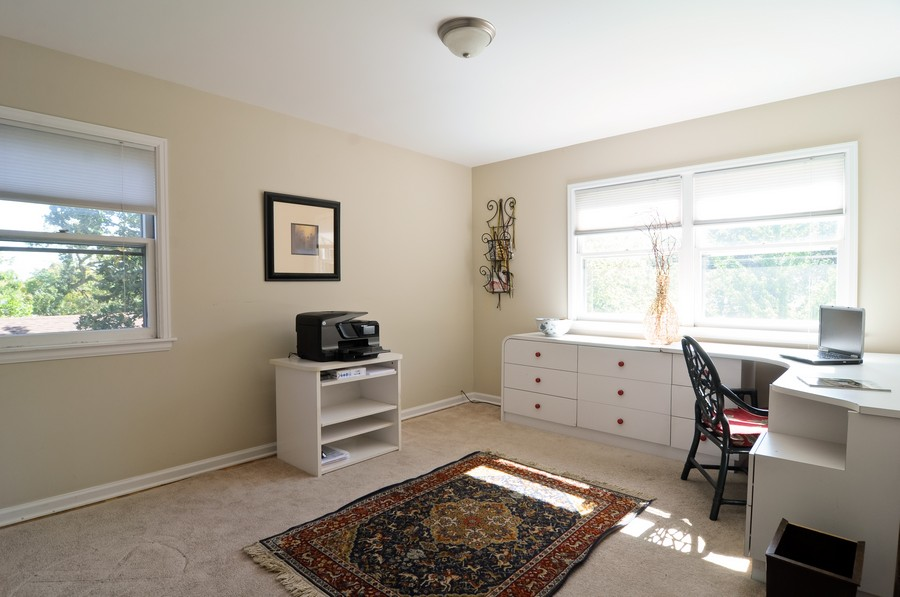 Real Estate Photography - 770 E Hillside Ave, Barrington, IL, 60010 - 2nd Bedroom