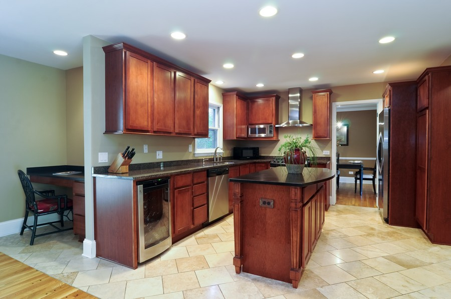 Real Estate Photography - 770 E Hillside Ave, Barrington, IL, 60010 - Kitchen