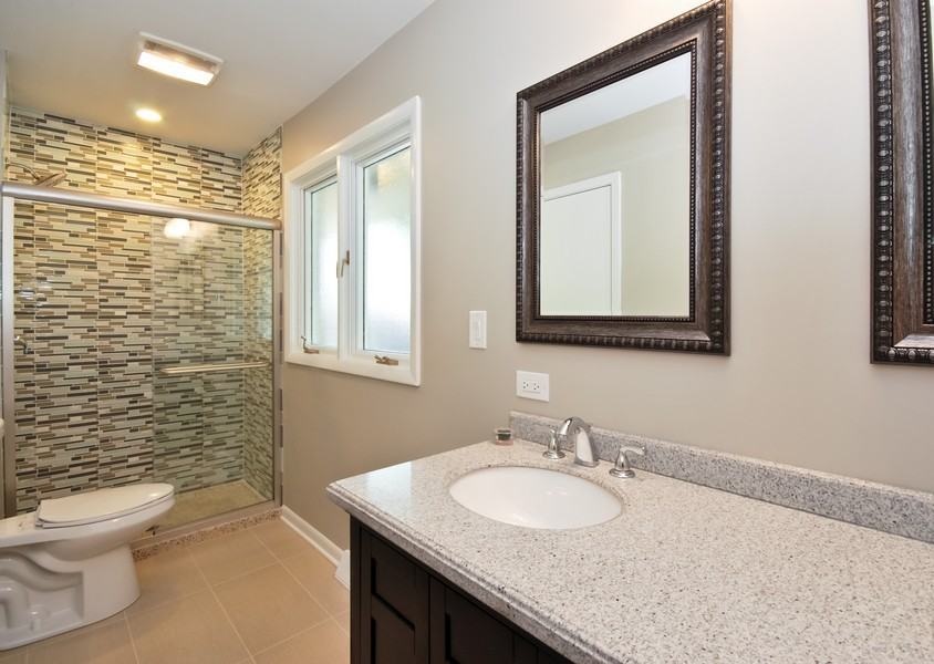Real Estate Photography - 3661 Saratoga, Downers Grove, IL, 60515 - Master Bathroom