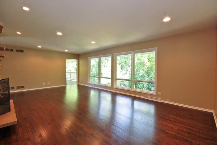 Real Estate Photography - 3661 Saratoga, Downers Grove, IL, 60515 - Family Room