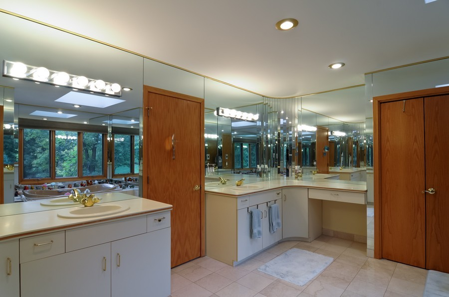 Real Estate Photography - 2383 Shady Ln, Highland Park, IL, 60035 - Master Bathroom
