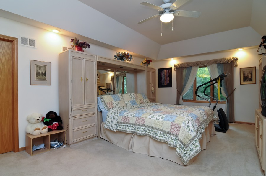 Real Estate Photography - 2383 Shady Ln, Highland Park, IL, 60035 - Master Bedroom