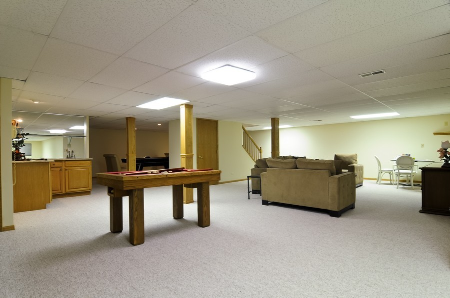 Real Estate Photography - 2383 Shady Ln, Highland Park, IL, 60035 - Basement